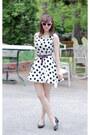 White-polka-dot-forever-21-dress-pink-sunglasses-black-lifestride-pumps