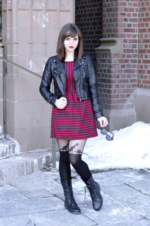 black lace-up American Eagle boots - brick red striped Forever 21 dress