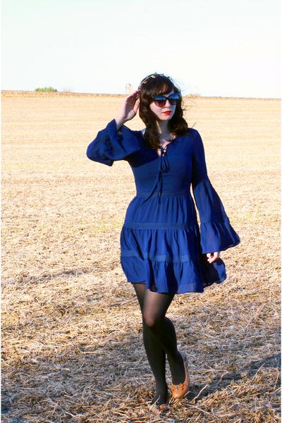 black Mossimo tights - navy modcloth dress - black cat eye sunglasses