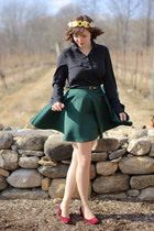 forest green Boohoo skirt - black Old Navy shirt - beige tights