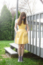 yellow jumper dress!