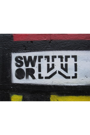 stencil swor belt