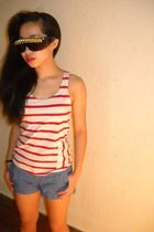 red H&M shirt - blue Old Navy shorts - gold C&B Eyewear sunglasses