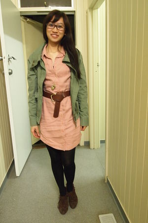 green Country Road jacket - pink Sportsgirl dress