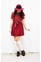 Forever 21 socks - Zara shoes - H&M hat - vintage top - Forever 21 skirt