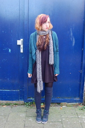 black swing H&M dress - heather gray long H&M scarf