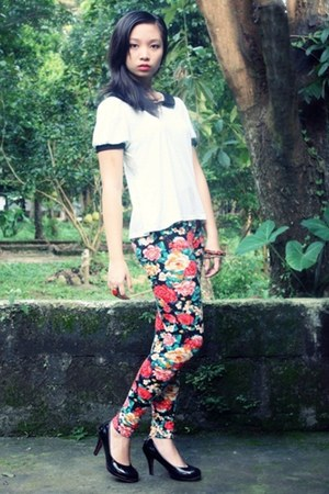 floral print leggings - red accessories