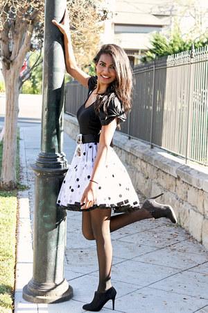 white polka dot vintage skirt