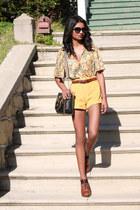 gold corduroy romwe shorts