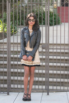 camel dita lace Marc Jacobs dress - black cat eye IVI Vision sunglasses