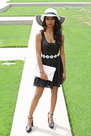 black daisy Charlotte Russe dress