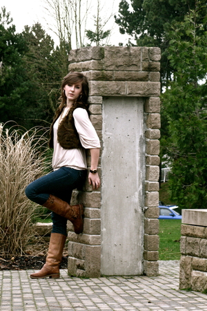 brown london boots - beige H&amp;M shirt - brown H&amp;M vest