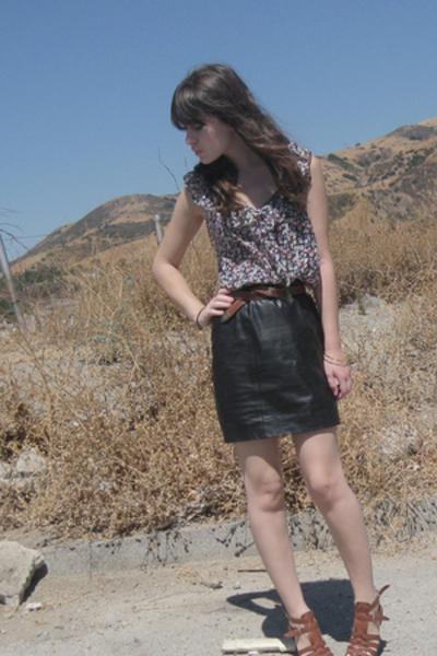 f21 shirt - vintage skirt - Nine West shoes - vintage belt
