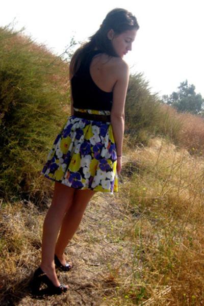 American Apparel shirt - f21 skirt - vintage belt - Ross shoes