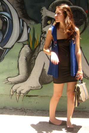 Target vest - American Apparel dress - Marc by Marc Jacobs purse - Old Navy shoe