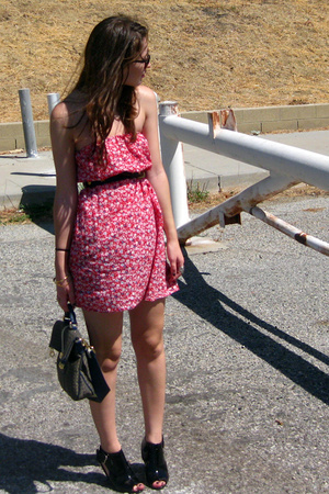 f21 dress - Marc by Marc Jacobs purse - f21 shoes - ray-ban accessories
