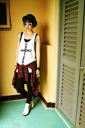 H&M hat - staccato boots - Forever 21 shirt - Prada sunglasses - H&M top