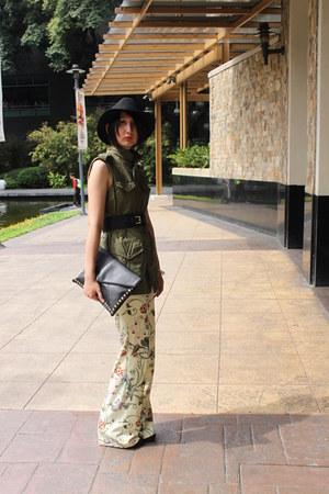 Zara vest - Zara pants - Millies wedges