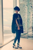 staccato boots - Mango jeans - H&M hat - cotton on sweater - Forever 21 top