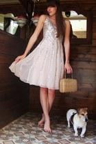 neutral silk unknown dress - tawny vintage bag