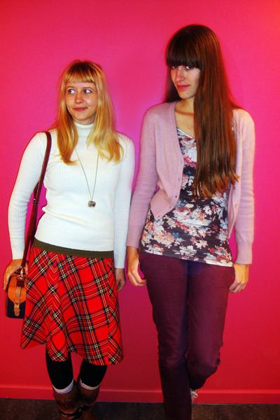 maroon Moschino jeans - navy Accessorize bag - maroon flower Zara top