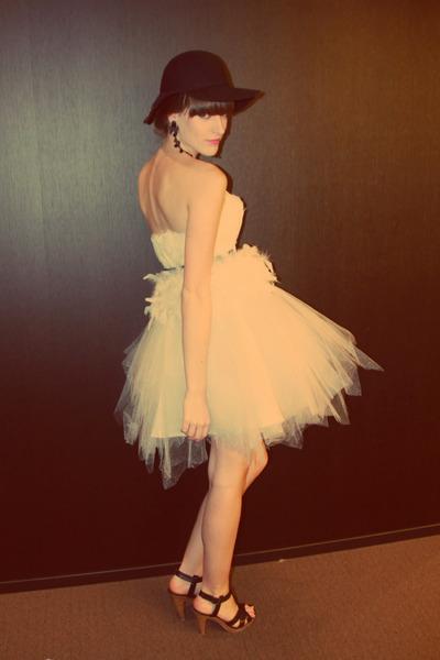 black H&M hat - white tulle unknown dress - black H&M heels - black vintage belt