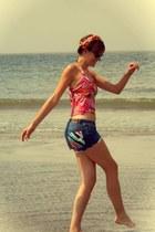 blue diy Moschino shorts - black rayban sunglasses - hot pink versace top