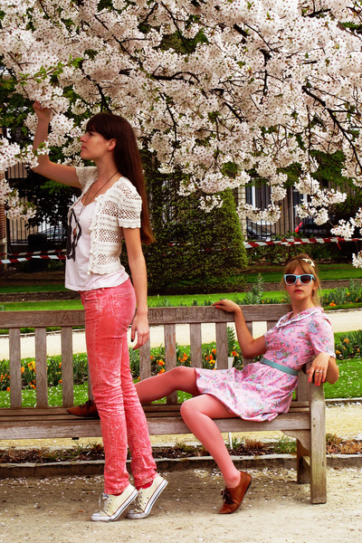 bubble gum floral print vintage dress - ivory homemade vest - salmon H&M pants