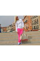 white nike sweatshirt - off white Bershka bag