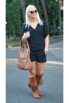 black Zara shorts - brown H&M boots - brown Carpisa bag