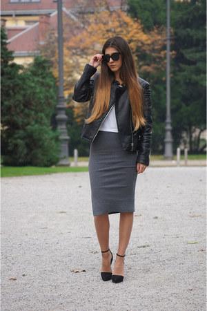 black Bershka jacket - black Freyrs sunglasses - white Stradivarius t-shirt