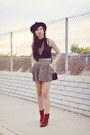Burnt-orange-suede-vintage-boots-floral-forever-21-skirt