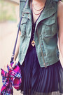 Red-plaid-aeropostale-shirt-army-green-aeropostale-vest