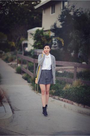 charcoal gray Joa skirt