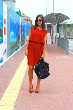 YSL bag - Zara shoes - Moschino dress - Ray Ban glasses