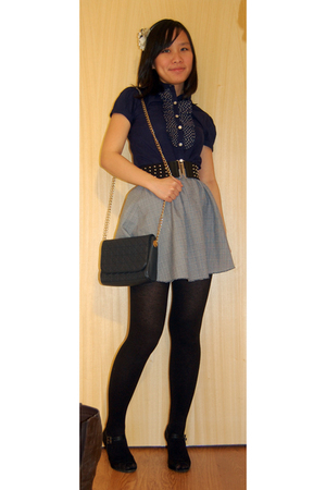 blue Miss Selfridges shirt - black H&M belt - gray vintage skirt - black Vincci
