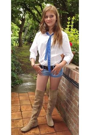 camel vintage boots - white white shirt shirt - sky blue shorts