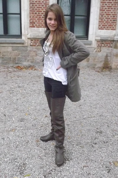 army green Kiliwatch coat - dark khaki Coco Perla boots - white mim shirt