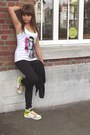 Bubble-gum-little-satchel-bag-yellow-sneakers-black-pants