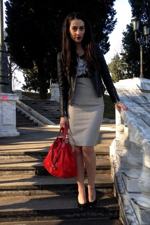 black Bata shoes - black Zara jacket - red Paolo bag - gold Zara necklace