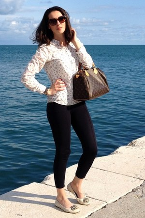 cream shirt - navy Zara leggings - dark brown Louis Vuitton bag