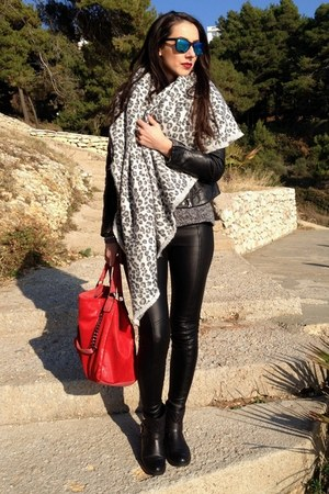 black Laura Biagiotti boots - black Zara jacket - gray Zara sweater
