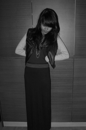 black H&M vest - black Zara skirt - heather gray Zara cardigan - black Mango top