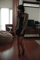 army green H&M cardigan - black handmade skirt - black Guess shoes