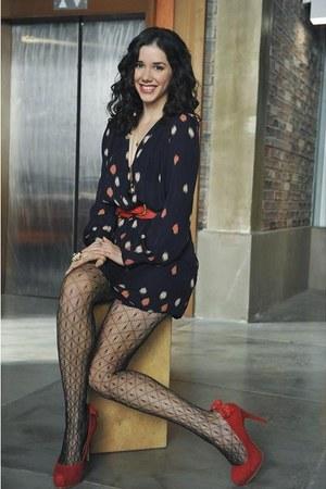 polka dot dress - fishnet stockings - red heels