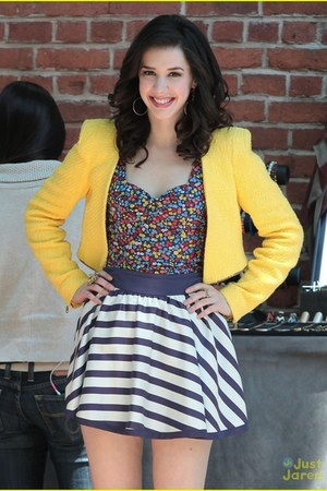 bustier top - striped skirt - yellow vest