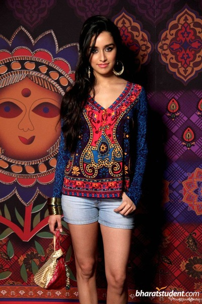 ethnic print shirt - jean shorts - gold bangles earrings