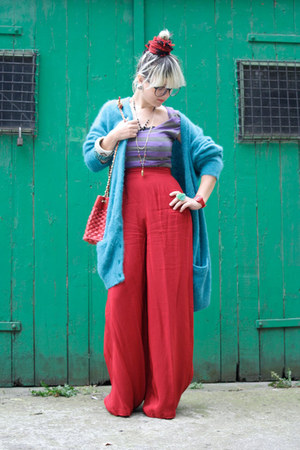 turquoise blue vintage cardigan - red palazzo vintage pants