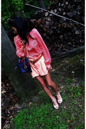 nude Aldo shoes - peach H&M shirt - navy Dooney&Bourke bag