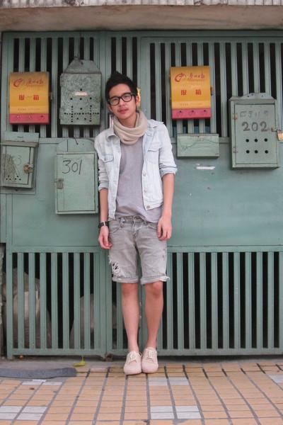 silver t-shirt - blue vintage jacket - beige China scarf - silver vintage shorts